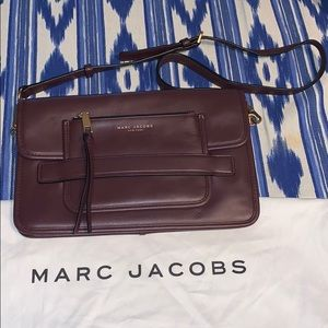 MARC JACOBS CLUTH/CROSSBODY LIKE NEW!